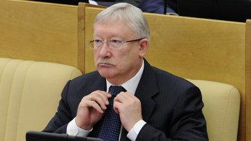 Сенатор Олег Морозов, архивное фото