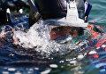 Водолаз МЧС России в акватории побережья города Алушты