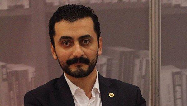 Депутат Республиканской народной партии Турции Эрен Эрдем