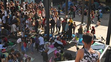 Беженцы на вокзале Келети (Будапешт). Архивное фото