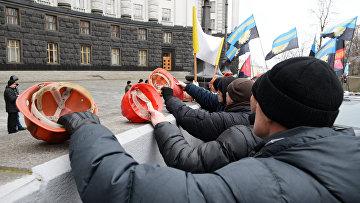 Украинские шахтеры на митинге у здания Верховной Рады Украины.Архивное фото