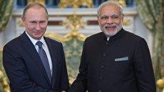 Президент России Владимир Путин и премьер-министр Индии Нарендра Моди во время официальной встречи в Кремле