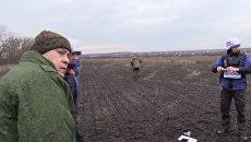 Наблюдатели ОБСЕ пригибались под пулями во время обстрела под Донецком