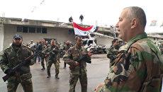 Муштра на плацу и концерт: как в Сирии готовят добровольцев для борьбы с ИГ