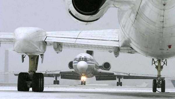 Самолеты в аэропорту. Архивное фото.