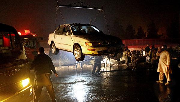На месте теракта в Кабуле. 20 января 2016