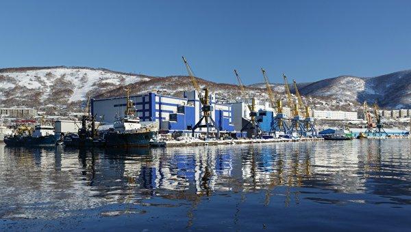 Петропавловск-Камчатский морской торговый порт. Архивное фото