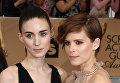 Американские актрисы Руни Мара и Кейт Мара. 22-я церемония вручения премии Гильдии киноактёров США. Январь 2016