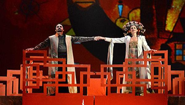 Сцена из оперы Турандот. Новосибирский театр оперы и балета