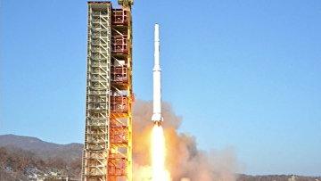 КНДР запустила ракету Кванмэнсон. Архивное фото