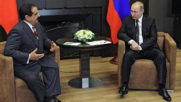 Президент России Владимир Путин и король Бахрейна Хамад бен Иса аль-Халифа во время встречи в резиденции Бочаров ручей