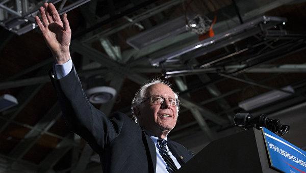 Кандидат в президенты США демократ Берни Сандерс. Февраль 2016. Архивное фото