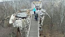 КПП между Украиной и ЛНР. Архивное фото