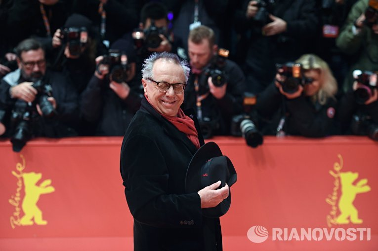 Директор Берлинале Дитер Косслик на церемонии открытия 66-го Берлинского международного кинофестиваля Берлинале - 2016