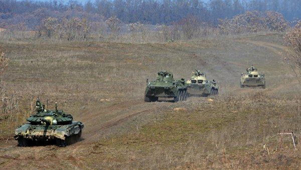 Военные учения мотострелковых войск в Ставрополье. Архивное фото
