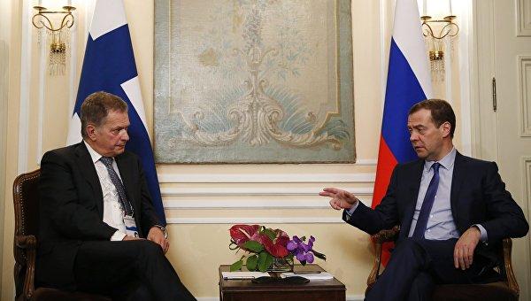 Премьер-министр РФ Д. Медведев встретился с президентом Финляндии С. Нийнистё