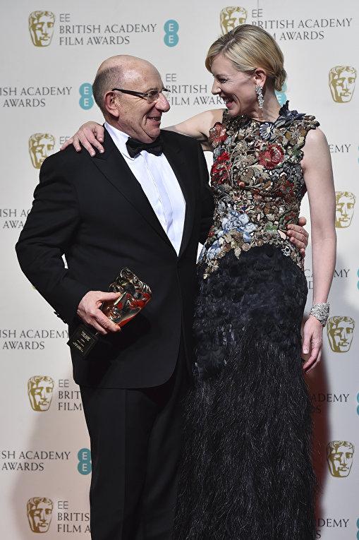 Актриса Кейт Бланшетт и Тим Ангел на церемонии вручения премий Британской академии кино и телевизионных искусств