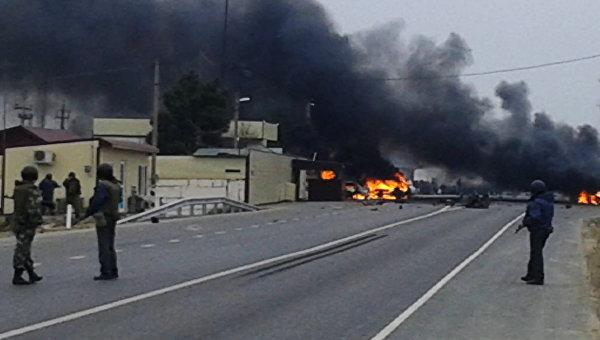 Взрыв около Джемикентского поста ГАИ в Дербентском районе Дагестана. Архивное фото