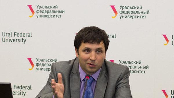 Доцент Физико-технологического института УрФУ Николай Кругликов