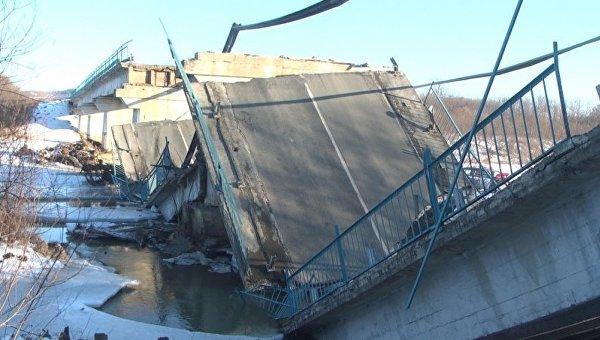 Обрушение моста в Приморье. Архивное фото