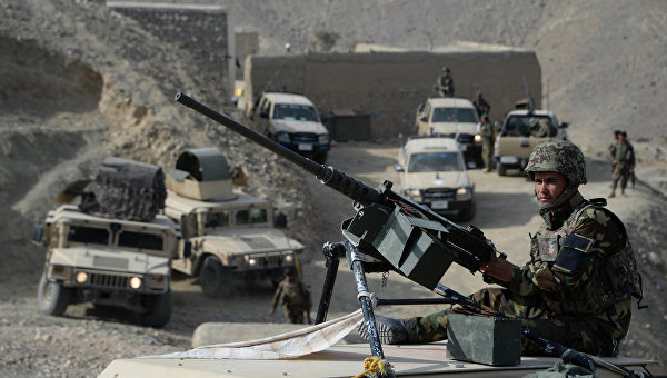 Афганские силы безопасности после операции против боевиков ИГ. Архивное фото