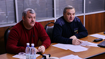 Глава МЧС России Владимир Пучков на заседании оперативного штаба по ликвидации последствий аварии на шахте Северная