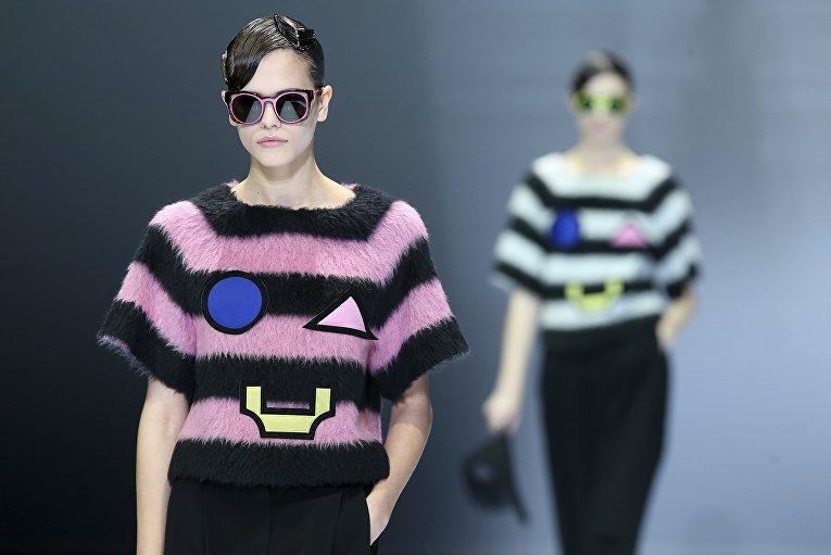 Показ Emporio Armani в рамках Недели моды в Милане, Италия