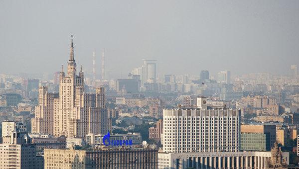 Дом правительства РФ и высотное здание на Кудринской площади