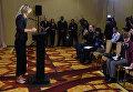 Российская теннисистка Мария Шарапова дает экстренную пресс-конференцию в Лос-Анджелесе