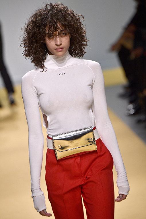 Показ коллекции OFF-WHITE во время недели моды прет-а-порте в Париже. Март 2016
