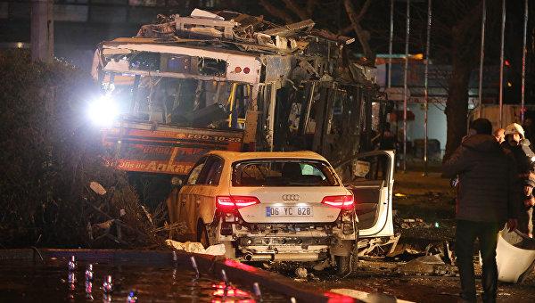На месте теракта в Анкаре. Архивное фото
