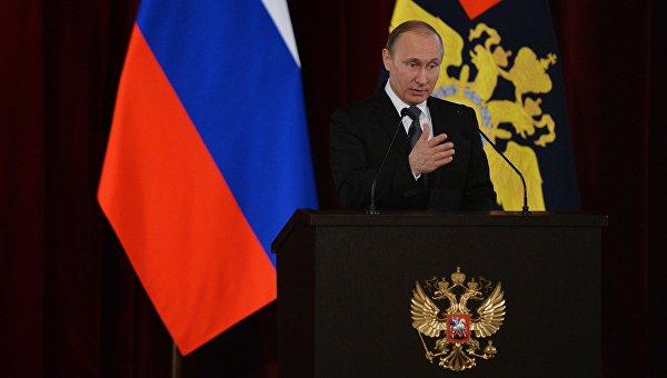 Президент РФ Владимир Путин выступает на расширенном заседании коллегии МВД РФ