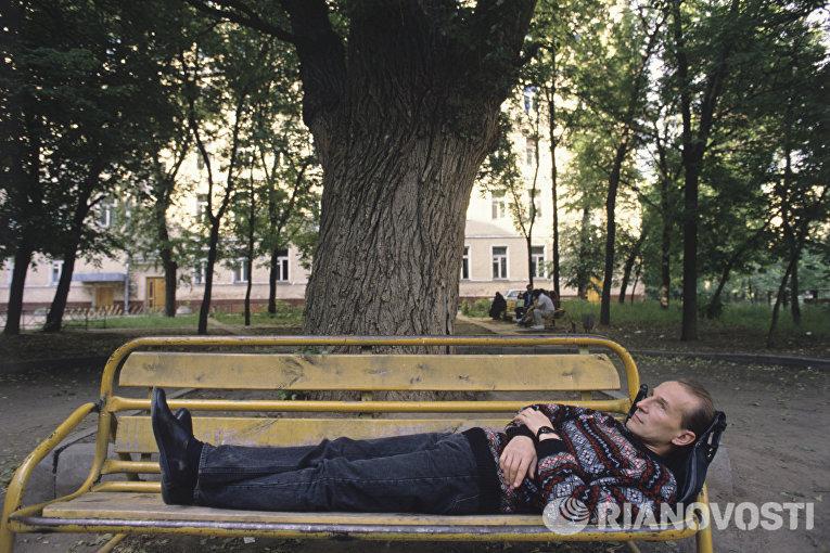 Петр Мамонов в фильме Такси-блюз