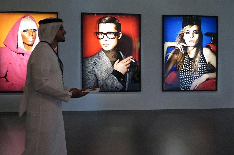 Выставка известного фэшн-фотографа Марио Тестино в Дубае, ОАЭ