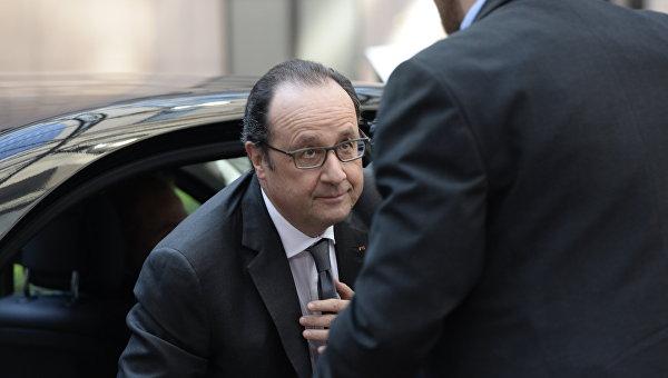 Стрижка Олланда стоит около 10 тыс. евро вмесяц