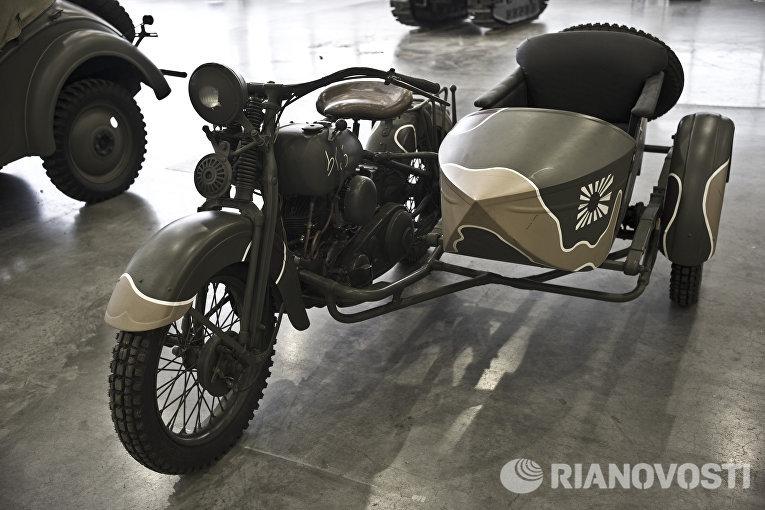 Японский армейский мотоцикл Rikuo Type 97 на выставке Моторы Войны в выставочном центре Крокус Экспо в Москве