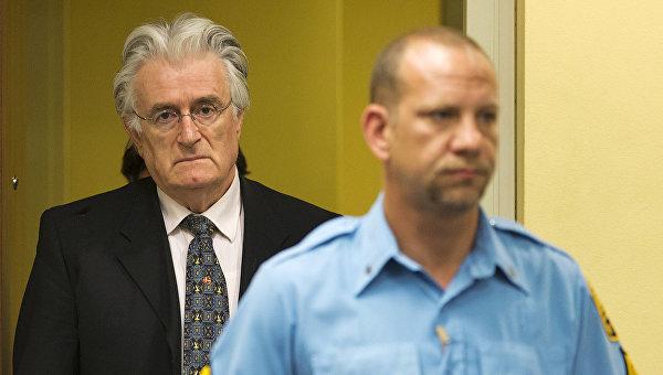 Сербский государственный и политический деятель Радован Караджич. Архивное фото