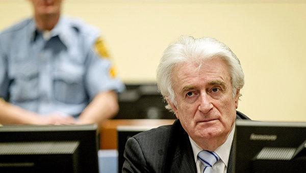 Экс-президент Республики Сербской в Боснии и Герцеговине Радован Караджич во время заседания Международного трибунала в Гааге. 24 марта 2016