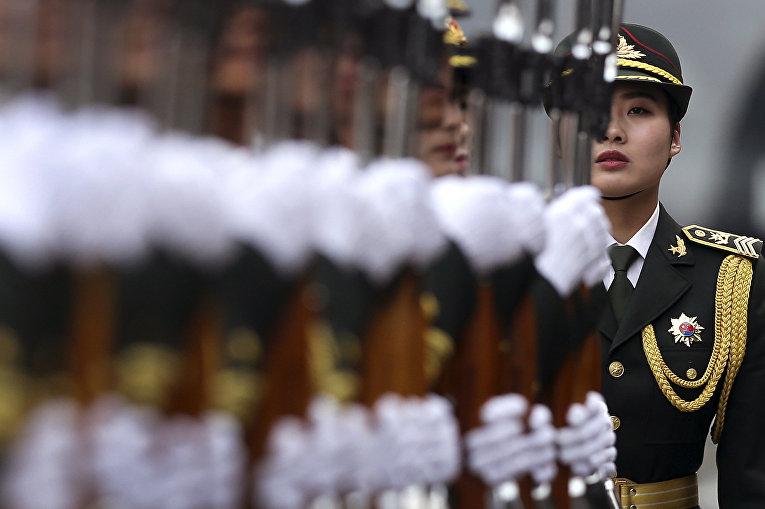 Народно-освободительная армия Китая в Пекине