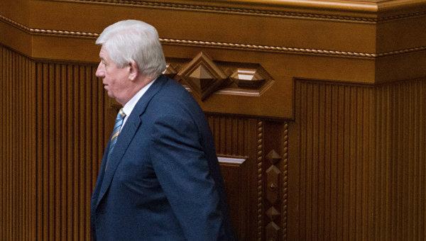 Виктор Шокин выступает во время заседания Верховной рады Украины. Архивное фото