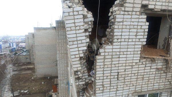 Пятиэтажный жилой дом, пострадавший в результате взрыва бытового газа, в Ясногорске под Тулой