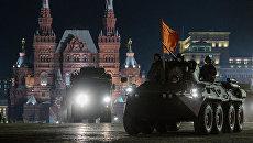Ночная репетиция парада Победы на Красной площади