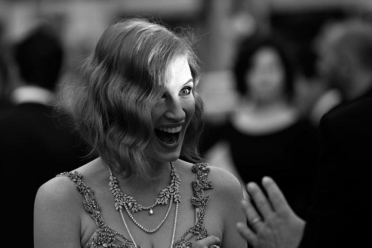 Американская актриса Джессика Честейн прибывает на показ фильма Финансовый монстр в рамках 69-го Каннского кинофестиваля