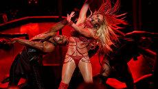 Американская поп-певица Бритни Спирс выступает во время Billboard Awards шоу. 22 мая 2016