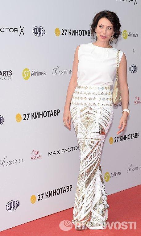 Актриса Алика Смехова на церемонии закрытия 27-го Открытого российского кинофестиваля Кинотавр