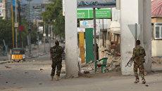 Атака боевиков Аш-Шабаб на гостиницу в Сомали, 25 июня 2016
