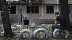 Последствия обстрелов Донецка украинскими силовиками. Архивное фото