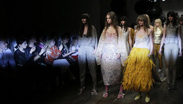 Показ коллекции Dawid Tomaszewski во время Недели моды в Берлине