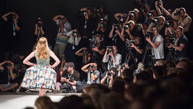 Показ коллекции Rebecca Ruetz во время Недели моды в Берлине
