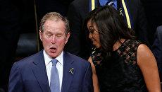 Бывший президент Джордж Буш-младший танцует и поет на панихиде по погибшим в Далласе. Архивное фото